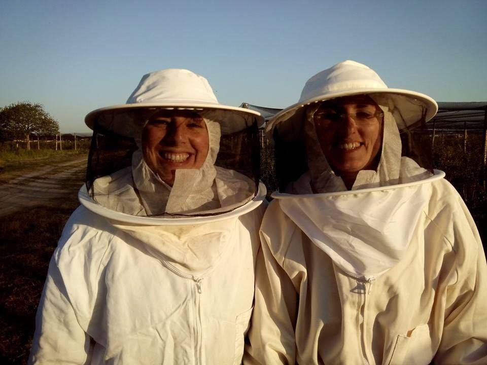 Ana e Carla criadoras da Beesweet.